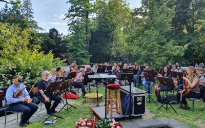 S Labuđeg otoka: Zagrebačka filharmonija oduševila ljude i životinje
